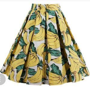 Zaful banana print skirt nwt